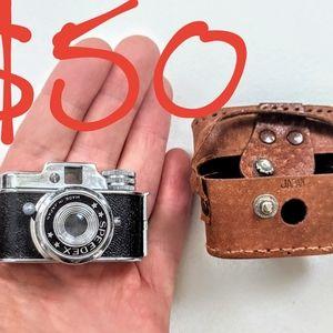 1950's Speedex vintage Japanese spy camera w/ case